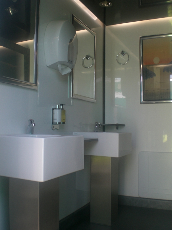 Luxury Toilet Block Internal
